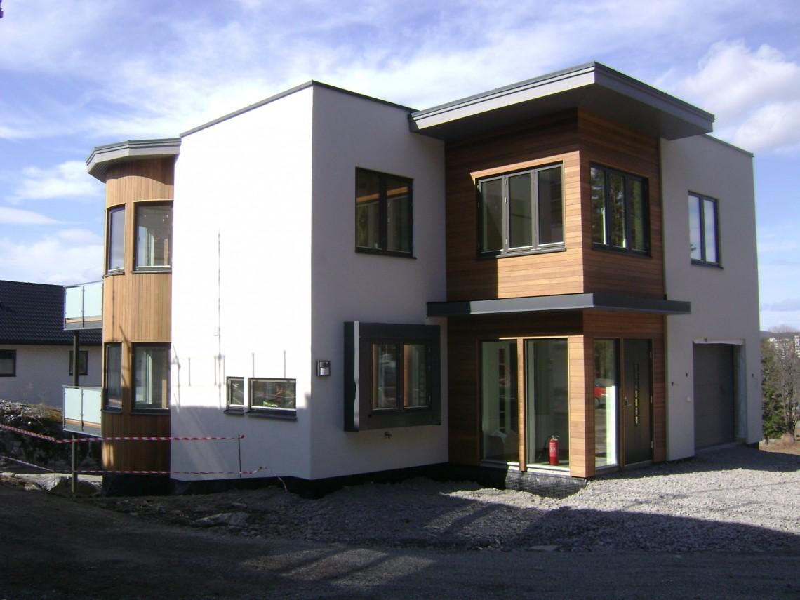 Timmerram hus